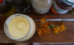 Make your own natural moisturiser
